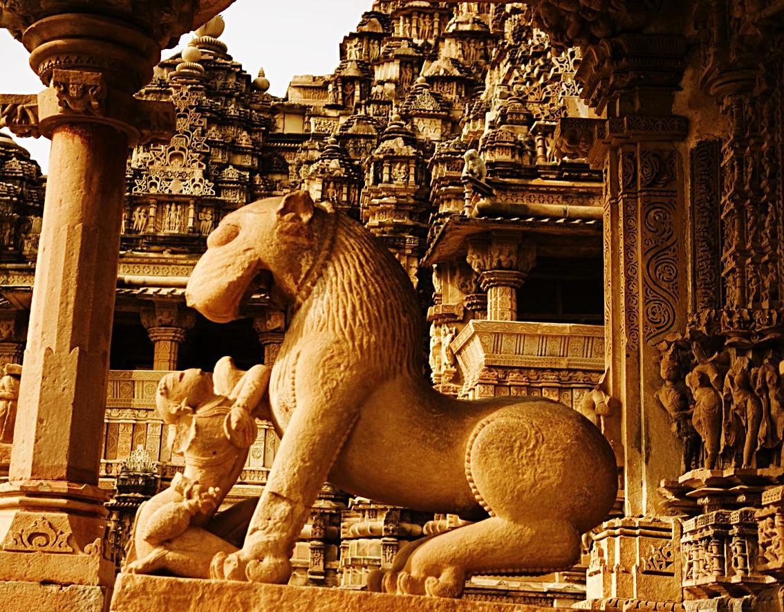 Temples_of_Khajuraho_6