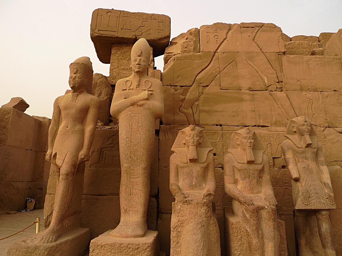 Karnak_temple_3